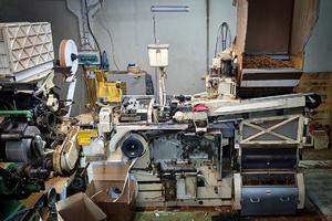 przejęta maszyna do produkcji papierosów